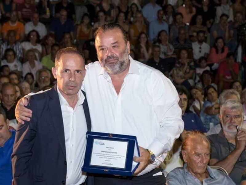SEAJETS | O Μάριος Ηλιόπουλος βραβεύεται για τη συνολική προσφορά του στους πληγέντες της εθνικής τραγωδίας στο Μάτι