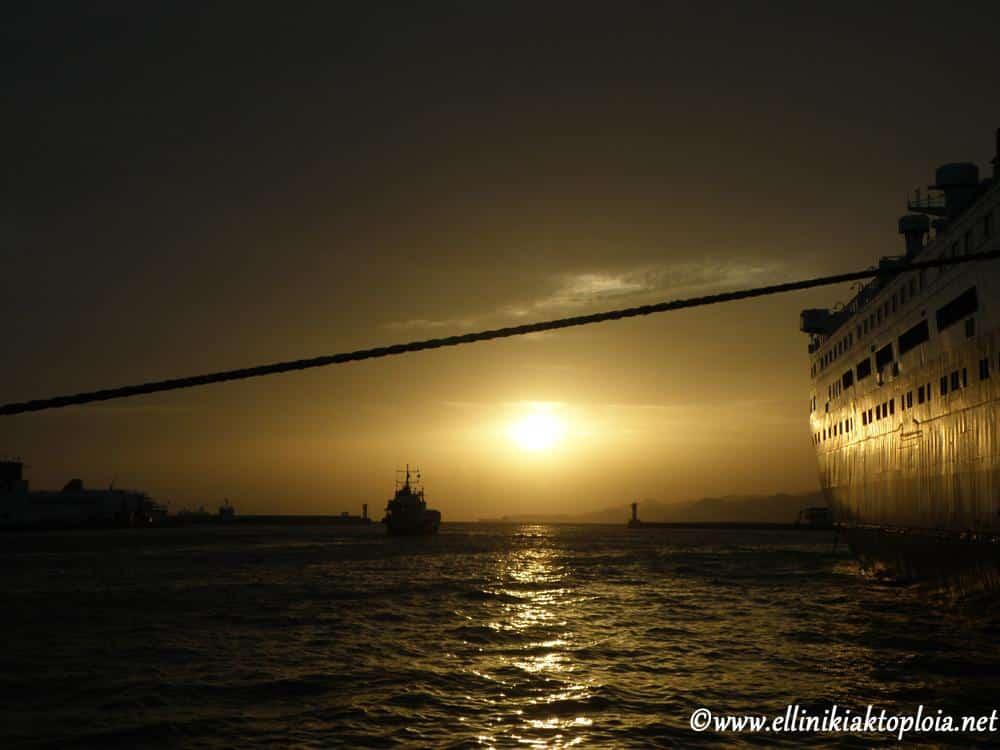 Αποτέλεσμα εικόνας για Αύξηση επιδόματος που λαμβάνουν οι ναυτικοί για την ειδική αγωγή των παιδιών τους»